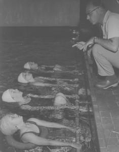 Zwemles, misshien bij Overzet